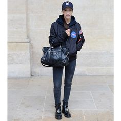 NY 🇺🇸 in PARIS 🇫🇷 ‼️                              📸 by Marianne Girardet  #Balenciaga #Supreme #Paris