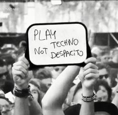 Play Techno Not Despacito 💩 House Music, Music Is Life, Dj Quotes, Techno Mix, Rave, Minimal Techno, Vinyl Cover, Music Photo, Electronic Music