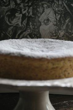 BOLO DE AMÊNDOA [FREIXO DE ESPADA À CINTA] - http://gostinhos.com/bolo-de-amendoa-freixo-de-espada-a-cinta/