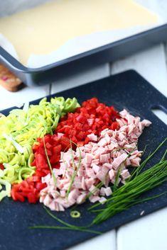 Paprika purjo ja kinkku pannariin Cobb Salad, Food And Drink, Pizza, Red Peppers