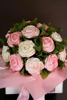 Cupcake Bouquet      Don't they look great.     All you need is:     Cupcakes iced as the flower you like.   Green tissue paper   Tooth pi...