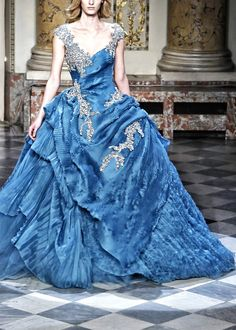 Zuhair Murad. I never have any reason to wear this dress, but I love it! Zuhair Murad, Yes To The Dress, Pretty Dresses, Blue Dresses, Formal Dresses, Fabulous Dresses, Pretty Clothes, Long Dresses, Dream Dress
