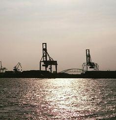 Osaka harbour,Japan. 大阪  โอซาก้า  日本  ญี่ปุ่น
