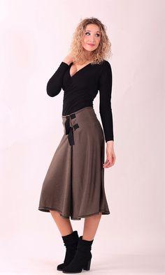 Hnědá zvonová sukně se skladem   Zboží prodejce la déesse 858c8f687b