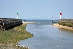 France-000640 - Trouville-sur-Mer Lighthouses | da archer10 (Dennis) (69M Views)