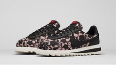 Sneakers – Women's Fashion :    The Liberty x Nike Cameo Collection Revives a Classic Floral Print  - #Sneakers https://youfashion.net/fashion/sneakers/sneakers-womens-fashion-the-liberty-x-nike-cameo-collection-revives-a-classic-floral-print-4/