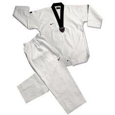f577937c126 8 fantastische afbeeldingen over Vechtsportpakken - Karate ...