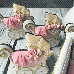 Super cupcakes birthday cookies and cream ideas Elegant Cookies, Fancy Cookies, Iced Cookies, Cute Cookies, Cookies And Cream, Baby Shower Sweets, Baby Shower Cake Pops, Baby Shower Cupcakes, Shower Cakes