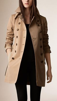 The Chelsea – Short Heritage Trench Coat in Black | Coats, Shorts ...