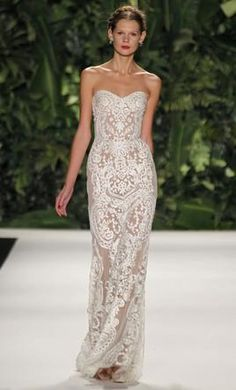Naeem Khan Madeira 4: buy this dress for a fraction of the salon price on PreOwnedWeddingDresses.com