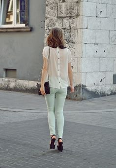 I am completely obsessed with button back tops right now. Give me a button back lace top with a leather pencil skirt and I'll be in fashion paradise!