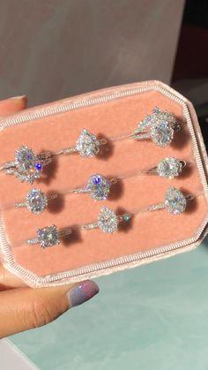 Beautiful Engagement Rings, Vintage Engagement Rings, Beautiful Rings, Tiffany Engagement, Engagement Ring Gold, Luxury Engagement Rings, Wedding Rings Vintage, Vintage Gold Rings, Vintage Jewellery