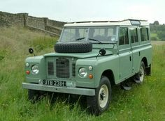 Land Rover Series 2A Station Wagon