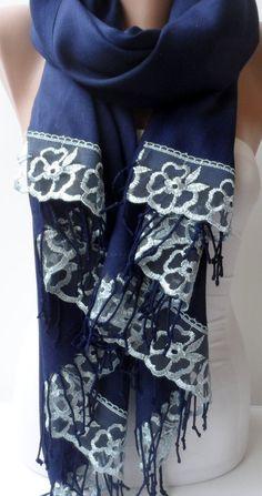 Marine Pashmina Schal mit French Lace Dark Blue von elegancescarf