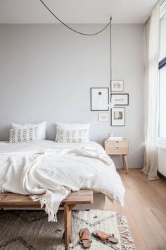 Apartment bedroom decor, neutral bedrooms, bedroom ideas, small bedroom ins White Wall Bedroom, White Walls, Master Bedroom, Apartment Bedroom Decor, Bedroom Curtains, Interior Livingroom, White Interior Design, Interior Modern, Awesome Bedrooms