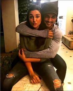 Parineeti Chopra and Sushant Beautiful Photo Bollywood Girls, Bollywood Actors, Bollywood Celebrities, Bollywood Fashion, Cute Couple Wallpaper, Bollywood Posters, Ideas For Instagram Photos, Parineeti Chopra, Susa