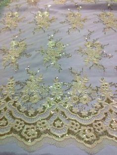 """Cream Mesh w Cream Floral Embroidary Sequins Lace Fabric 50"""" Wide 1 Yd 