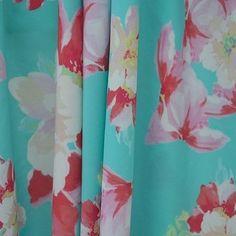 Floral dress fabrics for dressmaking Aqua Coral, Dressmaking Fabric, Fabric Suppliers, Linen Fabric, Fabric Crafts, Wool, Sewing, Floral, Clothes Crafts