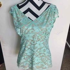 NY & CO MINT GREEN STRETCH LACE BLOUSE - Mercari: Anyone can buy & sell