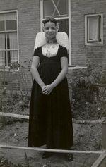 Meisje uit Westkapelle in Walcherse streekdracht