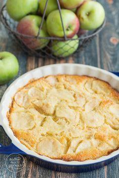Schmeckt einfach jedem: Italienischer Apfelkuchen (Torta di mele) mit sehr viel Obst und wenig Teig | http://www.backenmachtgluecklich.de