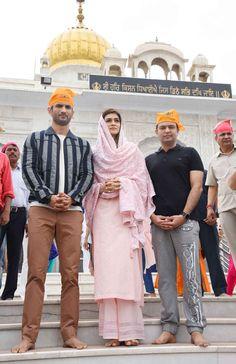 bollywoodmirchitadka: Kriti Sanon and Sushant Singh Rajput at Gurudwara ...
