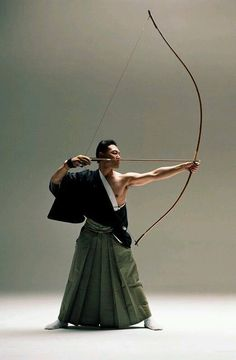 Healing element - air/wood. Japanese archery, Kyudo 弓道 - You can almost feel the breathing in and breathing out in the focused artistry, life transferred to the bow, vision transformed into action.