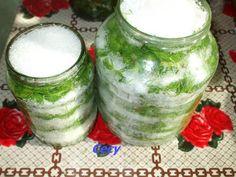 Sirop de muguri de brad in imagini - Retete in imagini - Culinar.ro Forum Mason Jars, Mason Jar, Glass Jars, Jars