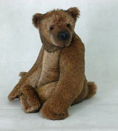 Garvey by Kelly Dean. . . .he makes the most amazing bears!!!