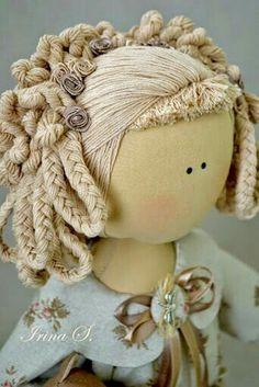 Tilda doll hair do Bjd Doll, Doll Hair, Cute Crochet, Crochet Dolls, Doll Eyes, Sewing Dolls, Doll Tutorial, Waldorf Dolls, Soft Dolls