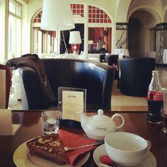 Davos Hotel Schatzalp Davos, Best Hotels, Chocolate Fondue, Coffee Maker, Kitchen Appliances, Nice, Desserts, Food, Kitchen Tools