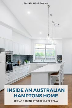 Inside a Stunning Australian Hamptons Home that Nails the Look Hamptons Living Room, Hamptons Kitchen, Hamptons House, The Hamptons, Timber Tiles, Timber Flooring, Hampton Style Bathrooms, Hamptons Style Decor, Inside Home