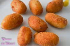 Cosas de Chari: Croquetas de pollo (thermomix) I Love Food, Good Food, Yummy Food, Tasty Dishes, Food Dishes, Easy Cooking, Cooking Recipes, Fish Recipes, Recipies