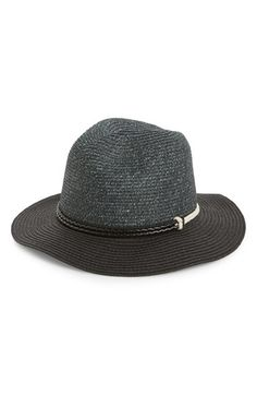 Twisted rope trim furthers the vintage style of this classic panama hat that makes for a surefire sunny-day staple.