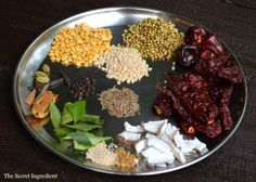 Bisi bele bath powder, a spice blend that comes handy to make bisi bela bath, a rice and lentil dish with vegetables. There are several pre-made powder sold in stores but nothing matches freshly ho… Sambhar Recipe, Podi Recipe, Rajbhog Recipe, Indian Chutney Recipes, Indian Food Recipes, Vegetarian Recipes, Paneer Curry Recipes, Biryani Recipe, Masala Powder Recipe