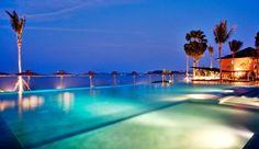 Hansar Samui Resort and Spa: Hansar Samui's beachfront saltwater pool has gorgeous views both day and night.
