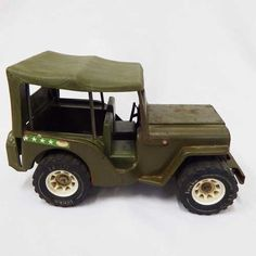 Vintage Toys - Vintage Tonka pressed steel Army Jeep for sale in Cape Town… Cape Town, Vintage Toys, Wooden Toys, Childhood Memories, Jeep, Army, Wooden Toy Plans, Gi Joe, Old Fashioned Toys