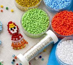 Consejos a la hora de fabricar tus propias joyas con abalorios - http://www.efeblog.com/consejos-la-hora-fabricar-tus-propias-joyas-abalorios-17736/  #Complementos, #Moda