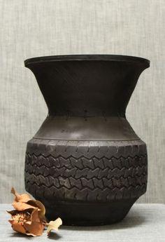 Superbe pot, recyclage de pneumatique #développement #durable #recycler