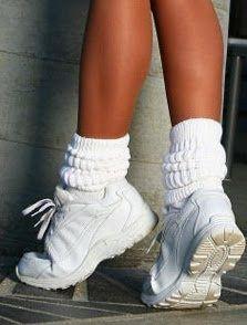 Slouchy Socks #whitesneakers #90s
