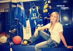 senior athlete picture ideas | Senior sport photos