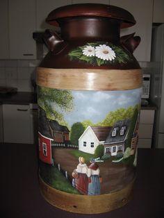 Bidon de lait peint à la main par Mary-Krystine Trottier