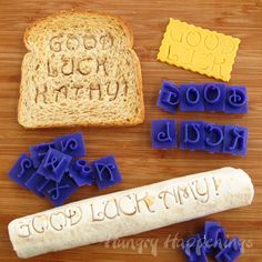 Use alphabet stamps to create sweet messages for your kid's lunch from Hungry Happenings
