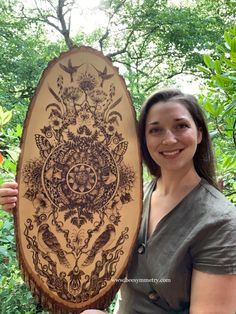 Wood Burning Stencils, Wood Burning Crafts, Wood Burning Patterns, Wood Burning Art, Wildlife Art, Wood Art, Art Projects, Art Pieces, Bee