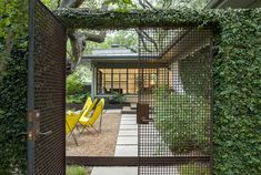 Private courtyard - fedge / fence covered in vines - wire mesh gate - pea gravel - Bridle Path Residence - Ten Eyck Architecture Design, Landscape Architecture, Landscape Design, Garden Design, Architecture Drawings, Grades, Landscape Plans, Garden Gates, Garden Planning
