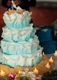 Porter wedding cake. Ocean waves-inspired cake