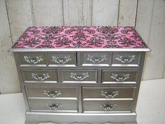 Large Elegant Vintage Wooden Jewelry Box by WendysVintageShop, $45.00