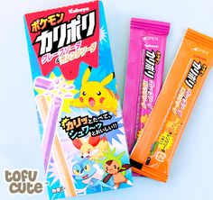 Kabaya Karipori Pokémon Candy Sticks - Soda & Mix Fruit at Tofu Cute Japanese Snacks, Japanese Candy, Japanese Sweets, Pokemon Snacks, Pokemon Candy, Ariana Grande Fragrance, Cute Candy, Mixed Fruit, Tokyo Japan