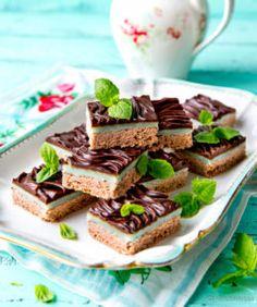 Minttusuklaaneliöt (vegaaninen) Gluten Free Baking, Vegan Baking, Vegan Food, Yummy Treats, Sweet Treats, Yummy Food, Sweet Pastries, No Bake Desserts, Let Them Eat Cake