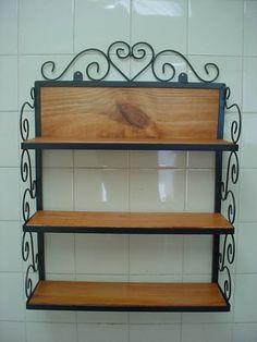 prateleira-rustica-em-metal-e-madeira-vintage-16461-MLB20121520977_072014-F.webp (900×1200)
